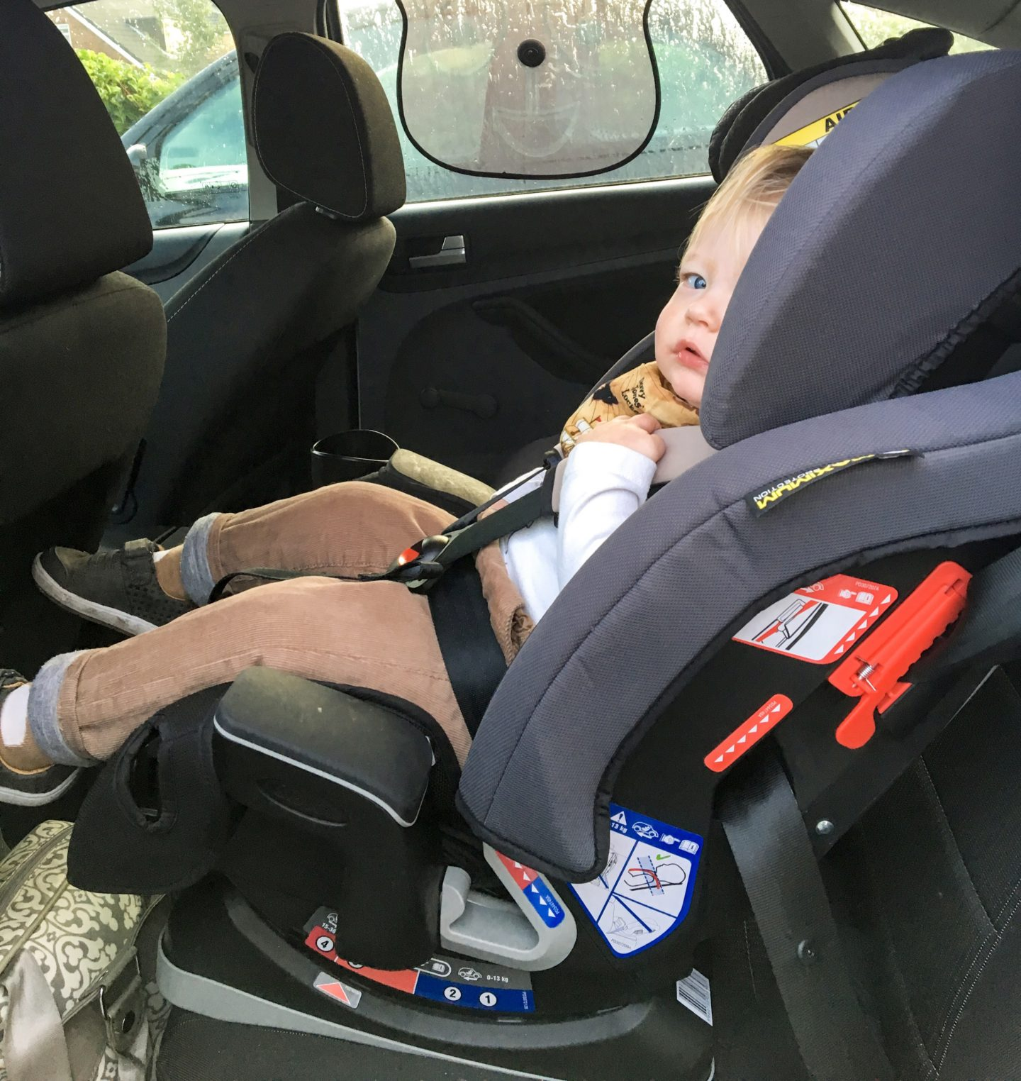 review graco milestone all in one car seat not a frumpy mum. Black Bedroom Furniture Sets. Home Design Ideas