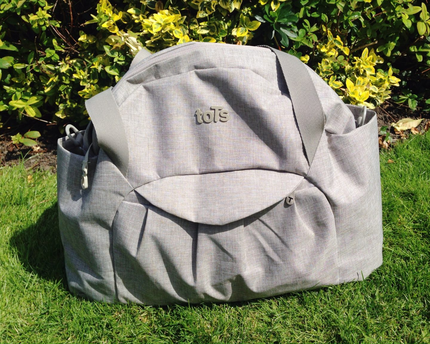 ToTs by SmarTrike Changing Bag Review