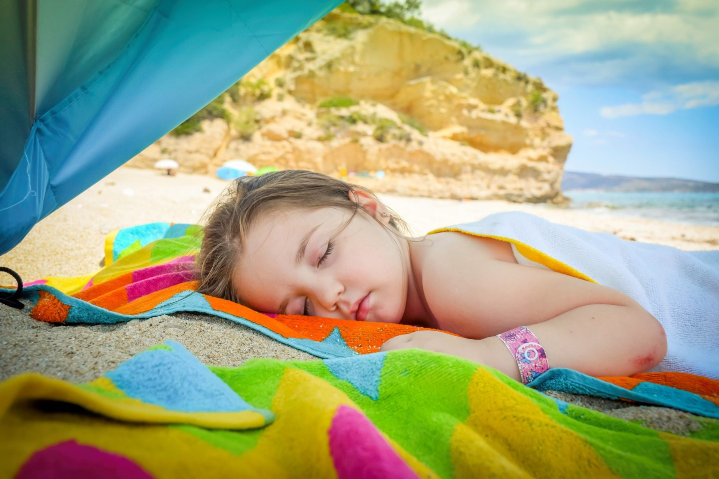 Top Tips To Keep Kids Safe In The Sun