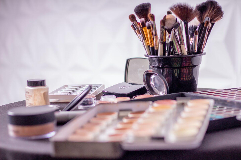 7 Quick Beauty Hacks for Always-Occupied Working Moms
